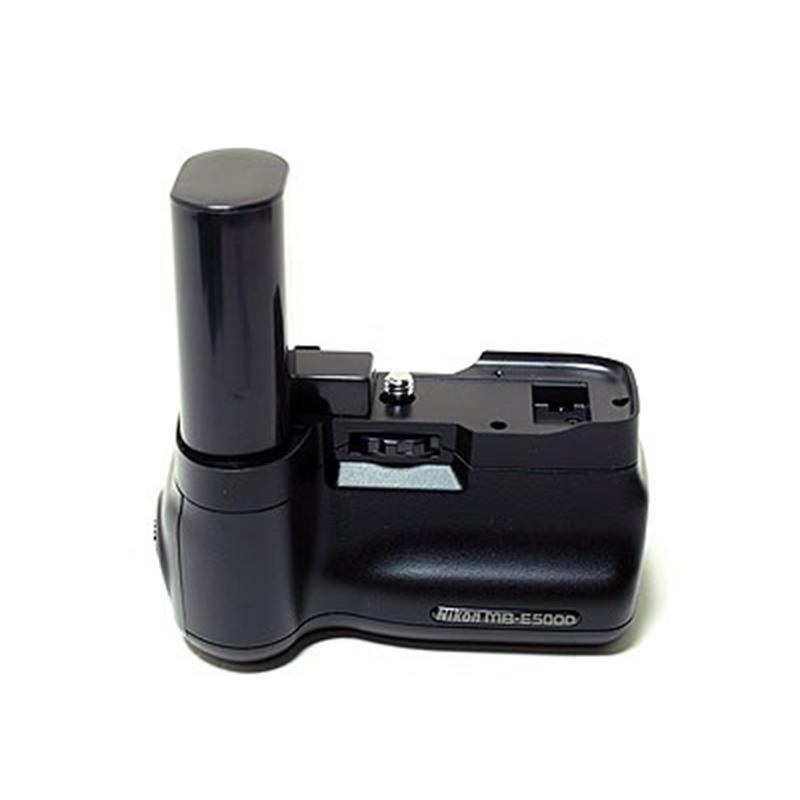 Nikon MB-E5000 Grip Image 1