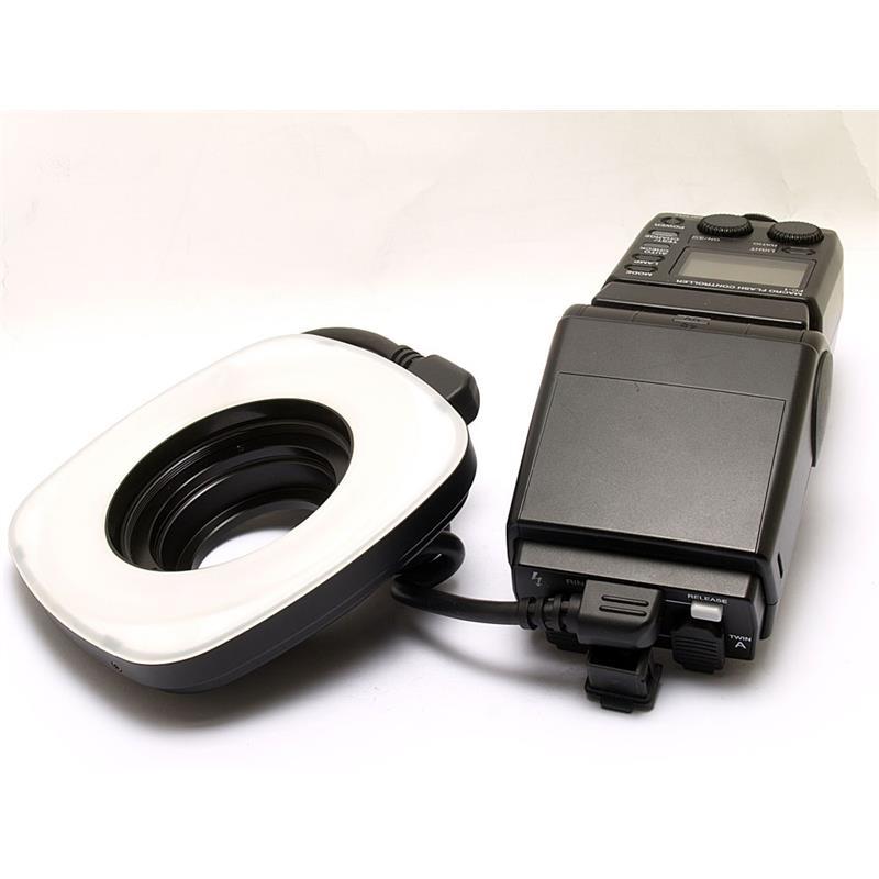 Olympus RF11 Ringflash + FC1 Controller Thumbnail Image 0