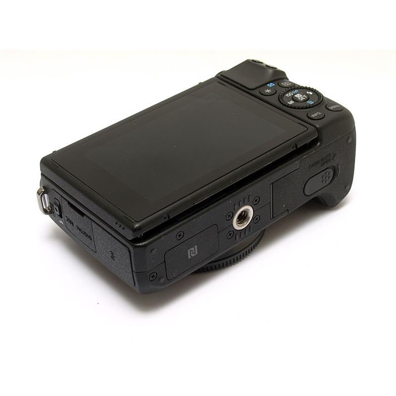 Canon EOS M3 Body Only Thumbnail Image 2