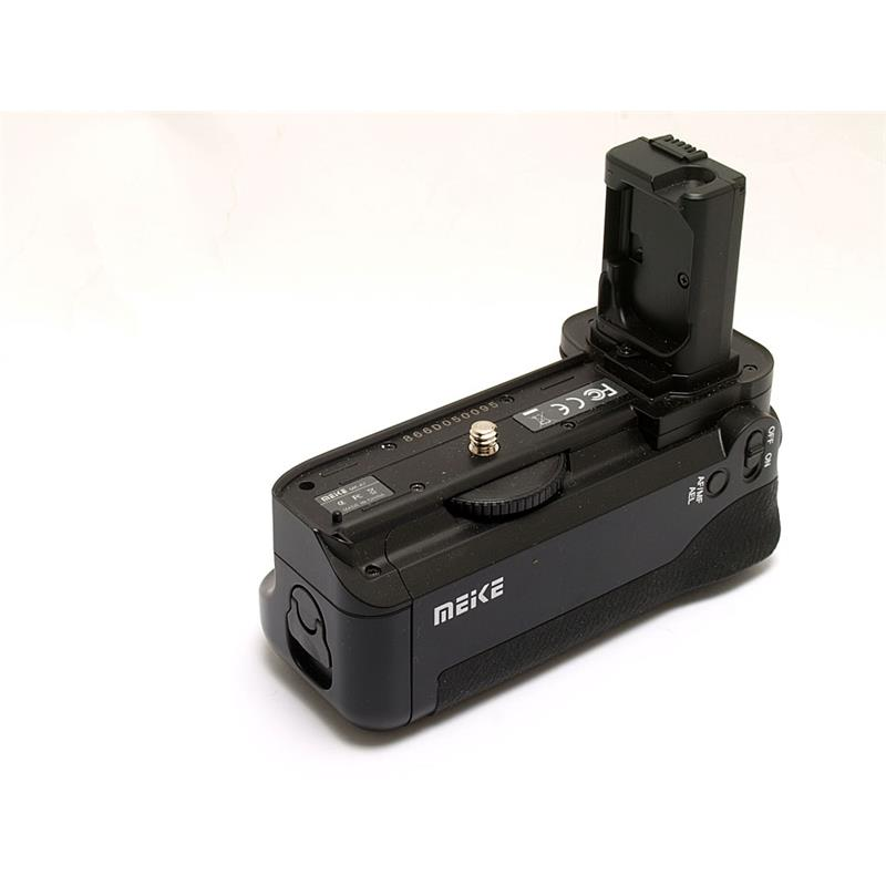 Meike MK-A7 Battery Grip Thumbnail Image 0