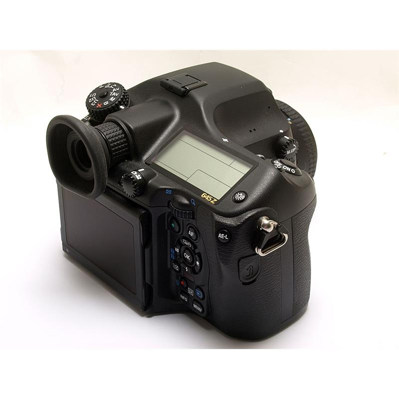Pentax 645Z + 75mm F2.8 Thumbnail Image 1