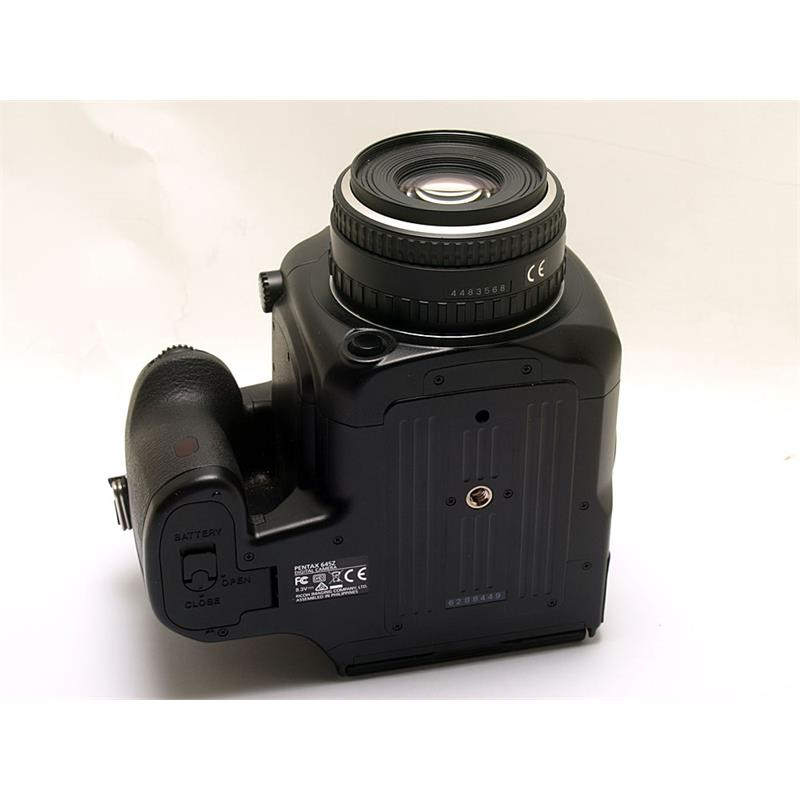 Pentax 645Z + 75mm F2.8 Thumbnail Image 2