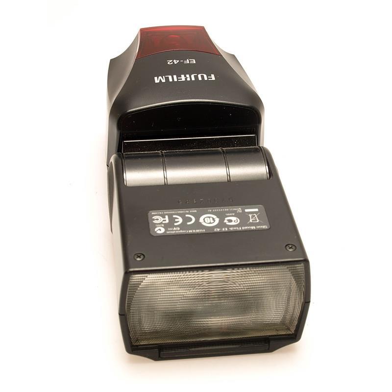 Fujifilm EF-42 flashgun Thumbnail Image 2